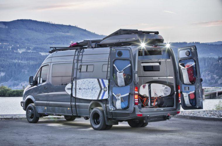 Mercedes RV 04